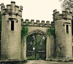 birr-castle-front-gates-in-the-magical-midlands