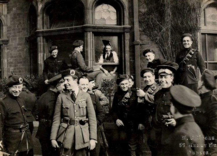 black-and-tans-and-auxies-dublin-ireland-1921
